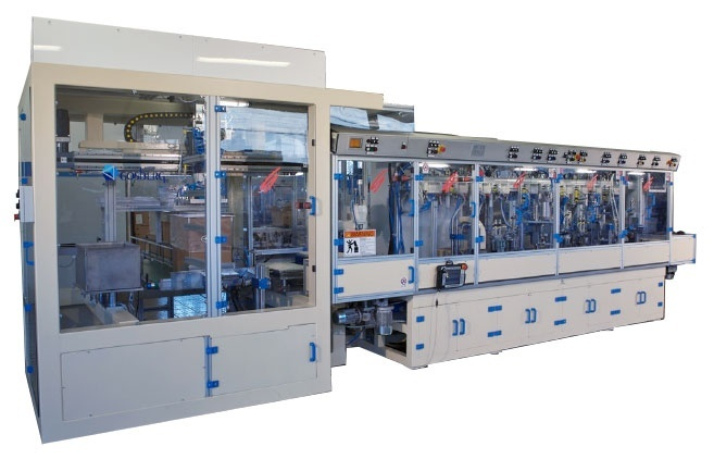 Linear machine to assemble and test with leakage control containers for cosmetics industry